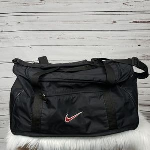 Black NIKE Medium Size Duffle Bag